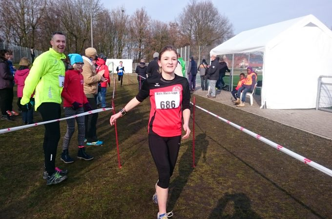 Nina Endt Crosslauf LC Adler